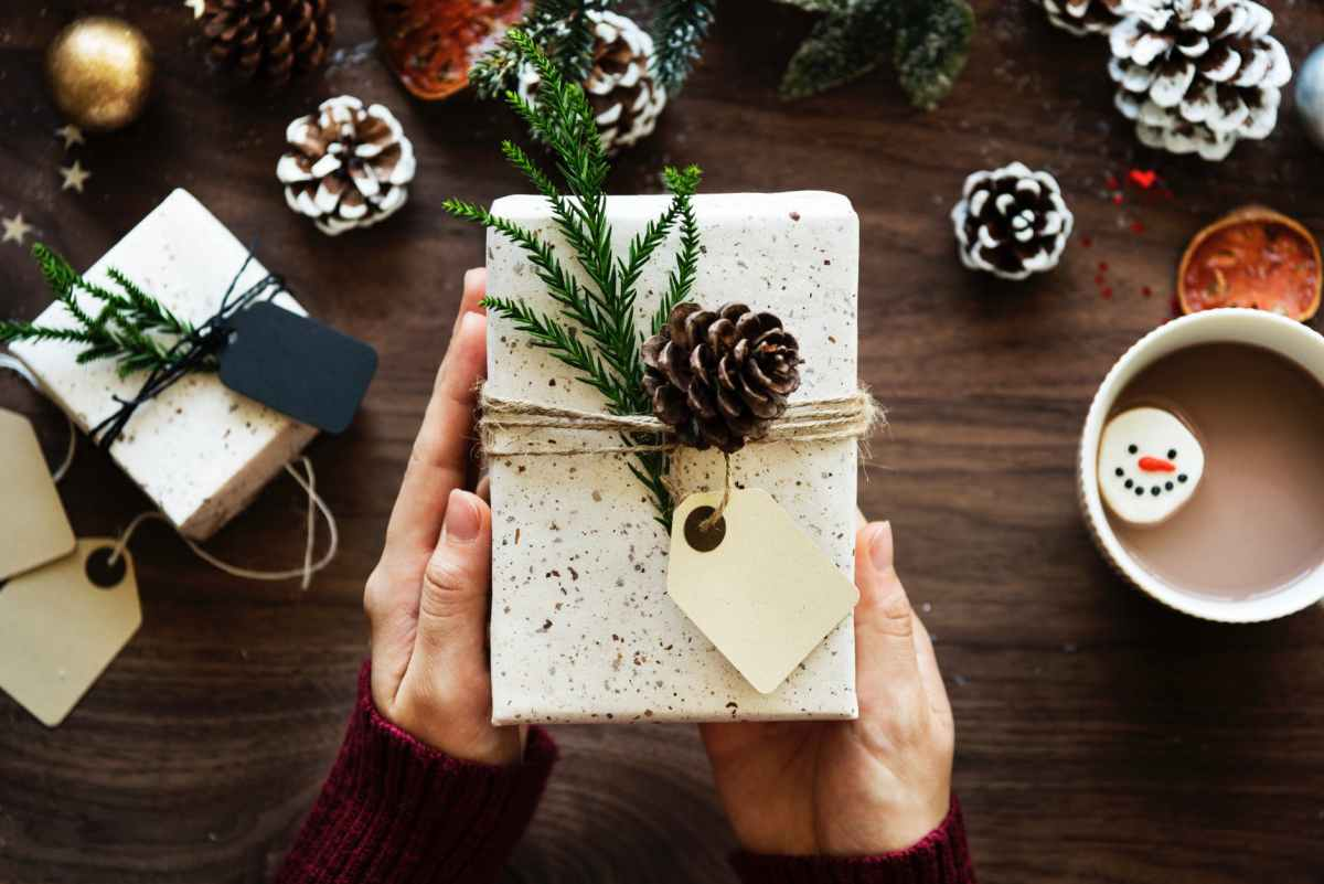 brown pinecone on white rectangular board